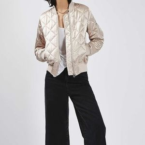 TOPSHOP – Quilted Shiny Jacket